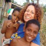 Donatela teve sua vida mudada após viajar ao Brasil e conhecer o verdadeiro amor